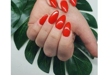 NOIR kosmetologia i medycyna estetyczna  - korekta paznokci żelowych