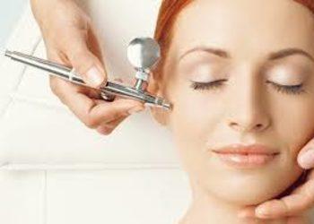 SCM estetic  - oxybrazja -  peeling tlenowo-wodny ( twarz + szyja)