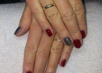 Versum manicure
