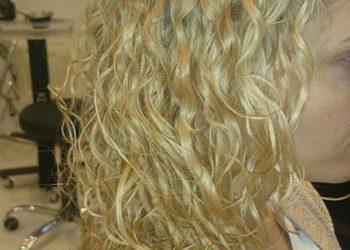 Salon Fryzjerski Rerusso - 31.trwała ondulacja włosy długie