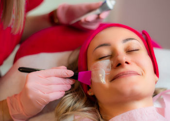 Salon Urody Monika - oczyszanie twarzy- zabieg rozszerzony