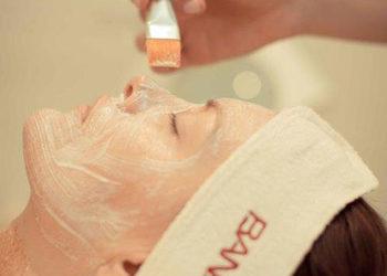 KLUB PIĘKNA Gabinet Kosmetyczny  - efekt motyla - zabieg złuszczania kwasem pirogronowym, azelainowym i salicylowym