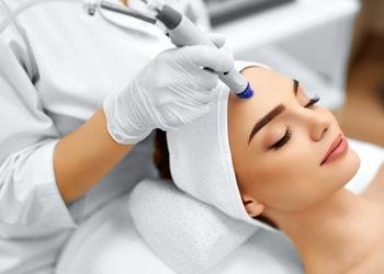 Velvet Skin Clinic - mikrodermabrazja korundowa silk peel