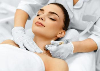 Velvet Skin Clinic - mikrodermabrazja diamentowa silk peel