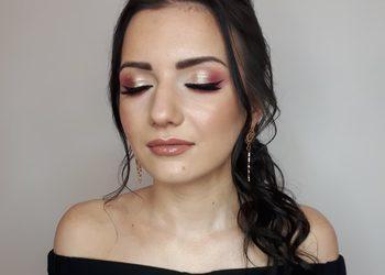 Fiore salon fryzjersko-kosmetyczny  - makijaż ślubny