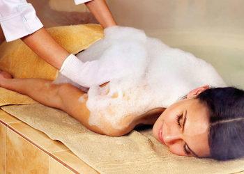 Glamour Instytut Urody - masaż z peelingiem oraz pianą - całego ciała