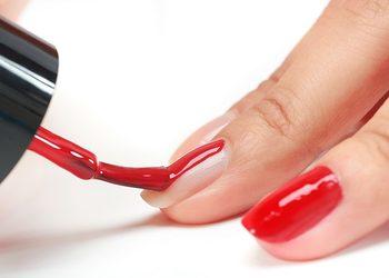 Salon Sopot   - manicure z malowaniem hybrydowym z bazą proteinową