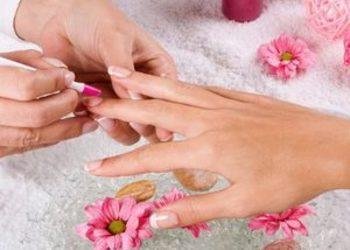 Yasumi - Tarnów - manicure klasyczny bez malowania