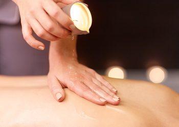 HOLISTIC SPA- Gabinet masażu i fizjoterapii - odżywczo- aromaterapeutyczny masaż świecą