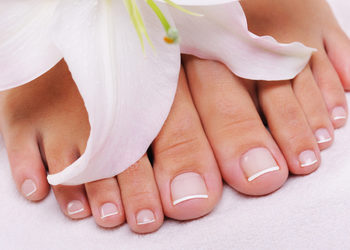 Alfabet Piekna - pedicure french