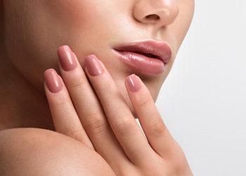 Salon fryzjerski kosmetyczny She & He - manicure klasyczny