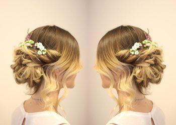 Centrum Zdrowych Włosów - fryzura ślubna