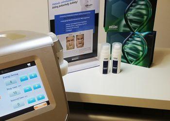 Kosmetyka Pielęgnacyjna - dermapen mikronakłuwanie twarz + estgen