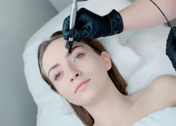 VICI CLINIC - Kraków - makijaż permanentny - powder brows