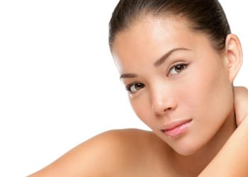 YASUMI MEDESTETIC, INSTYTUT ZDROWIA I URODY – WARSZAWA POWIŚLE  - fast acne + gąbeczka konjac