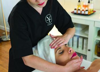 YASUMI SOSNOWIEC - odprężający i regeneracyjny masaż twarzy