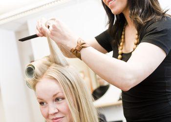 Salon Urody AS Professional Beauty - czesanie na szczotkę