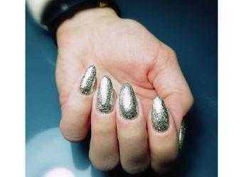 Studio Oshka - uzupełnienie paznokci żel