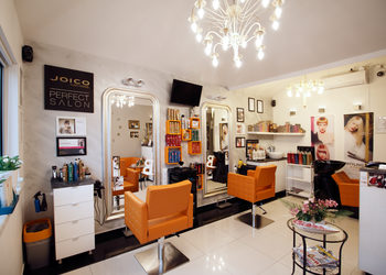 Modne Cięcie - Salon Fryzjerski i Barber Shop room