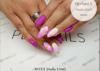 MONA Studio Urody - manicure hybrydowy