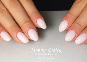 MONA Studio Urody - manicure klasyczny
