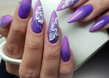 MONA Studio Urody - przedłużenie paznokci - akryl