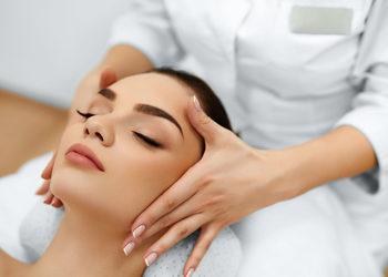 Yennefer Nails & Beauty - czyszczenie manualne twarzy