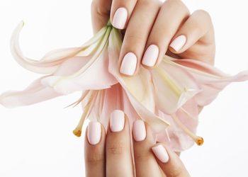 Victoria Day Spa luxury na Rynku - manicure klasyczny z malowaniem