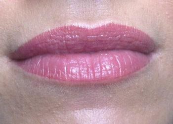 Makijaz permanentny pigmantacja ust