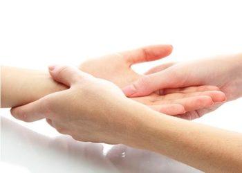 Royal's Hair & Body - masaż dłoni