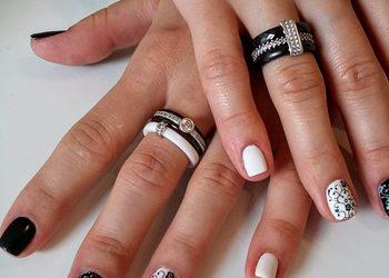 STUDIO MAESTRIA RADOM - manicure hybrydowy reforma