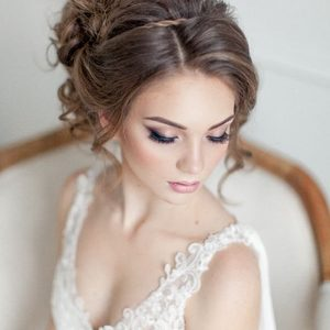 Elegantweddingmakeupandweddingupdohairstyle