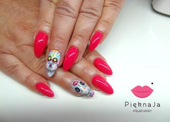 Piękna Ja Indigo Nailsalon - uzupełnienie paznokci żelowych + zdobienia