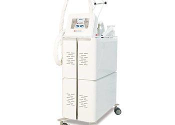 Klinika Urody Lorenzo Coletti Rumia - laser frakcyjny: er:yag 2940 nm dekolt  (31)