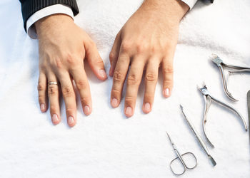 Easy Waxing - 5 manicure męski klasyczny bez malowania