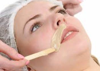Pazurkowo - depilacja woskiem wąsik