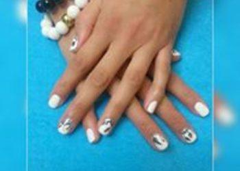 Pazurkowo - manicure hybrydowy