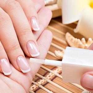 Manicure z odywk