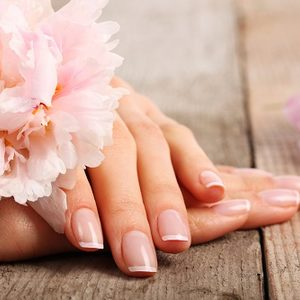 Manicure japoski