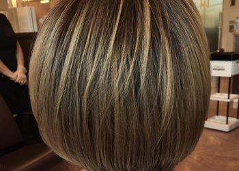Salon fryzjerski For Hair - flesze przy koloryzacji