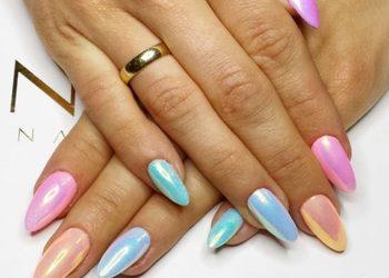 Galeria Urody Wilanów - manicure hybydowy indigo - efekty