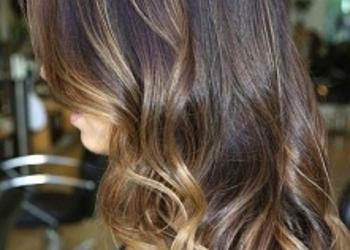 Stillo Belleza - farbowanie + refleksy włosy średnie