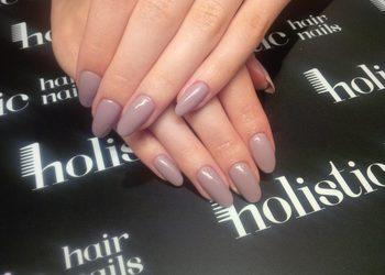 Holistic Salon Urody, Galeria Bocheńska - manicure klasyczny