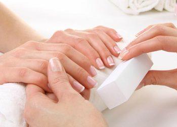 STUDIO MAESTRIA RADOM - usuwanie hybrydy + manicure odżywczy trind
