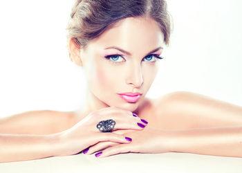 Salon mediSpa - profesjonalny makijaż dzienny