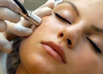 Salon Kosmetyczny Sekrety Urody - mikrodermabrazja + kwas migdałowy