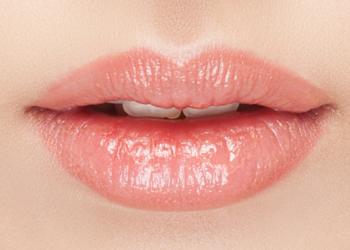 Studio Kosmetyczne Orchidea - 056. kontur ust z wycieniowaniem
