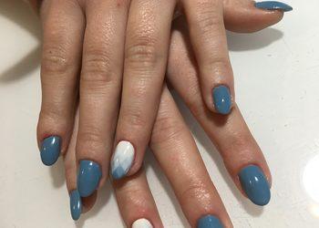 KLEOPATRA gabinet kosmetyczny - uzupełnienie paznokci żelowych ze zdobieniem lub french