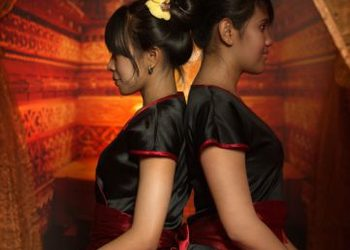 ORIENT MASSAGE ATURI - masaż tantryczny na 4 ręce 60min