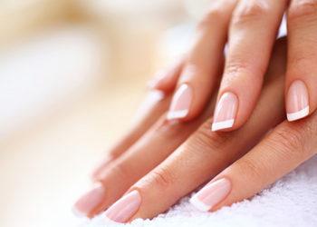 Fabryka Urody - manicure klasyczny - (french)